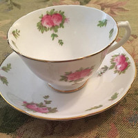 Vintage Collingswood English Bone China Tea Cup and Saucer, English Porcelain cup and Saucer, Rose Pattern, Gold Trim, Kitchen Decor