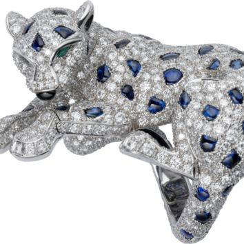 Panthère de Cartier ring: Ring - 950‰ platinum, 700 brilliant-cut diamonds totaling 5.05 carats, sapphires, emeralds, onyx.