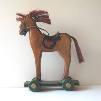 Vintage Wooden Horse pull toy, Primitive Folk Art, Home decor