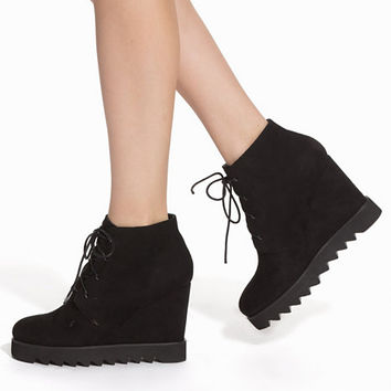 Truck Sole Lacing Wedge, NLY Shoes