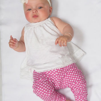 Polka Dot Baby Leggings , Baby Girl Leggings , Toddler Leggings , Baby Pants , Girl Clothing , Girls Trousers , Spotty Clothes , baby gift