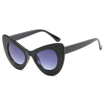 New fashion cat eye sunglasses brand sunglasses luxury street snap sunglasses Ladies fashion unique sunglasses FML