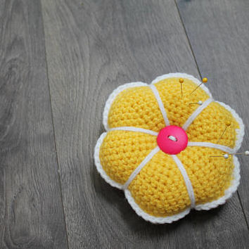Pin Cushion, Sewing Pin Holder, Stuffed Crochet Flower, Yellow and White, Gift for Sewer, Quilter Pin Cushion