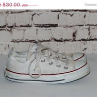 40% OFF 90s White Converse Chuck Taylor 6 Sneakers Grunge Punk Hipster Pastel Goth Fes