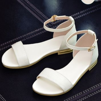 Genuine Leather Hot Sale Fashion SummerWomen Flats Heel Sandals Casual Buckle Strap Woman Shoes Black Gold SS769