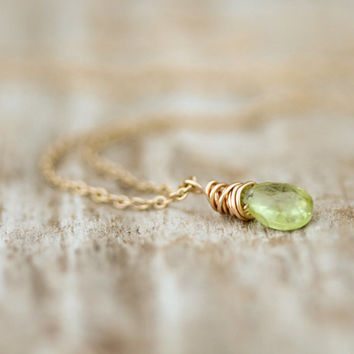 The Simple Tiny Peridot Gemstone Necklace - Symbolizing Warmth, Openness, Love - Boho Chic - Simple Jewelry - Unique - Gift for Her