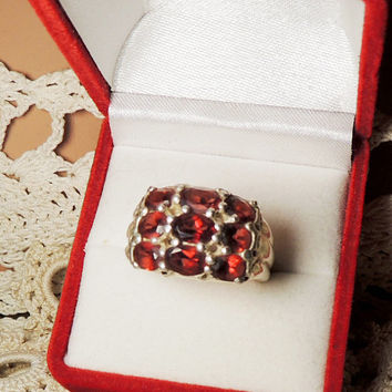 Red Garnets Sterling Silver Ring NF 925