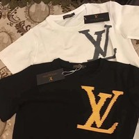 LV 2019 new tide brand chest LOGO men and women models round neck pullover shirt T-shirt