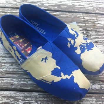 Custom hand painted TOMS, Travel Around the World in Eighty Days