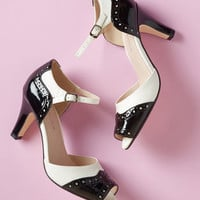 Chelsea Crew Oh-So-Upscale Heel in Black