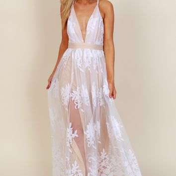 Floral Court Mesh Gown White/ Nude