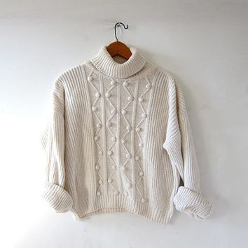 vintage natural white sweater. popcorn knit pullover. boxy cropped sweater. turtleneck sweater. preppy minimalist.