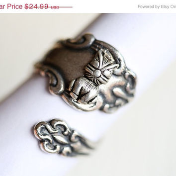 ON SALE Antique Spoon Ring,Silver Ring,Cat Kitten Kitty Silver Spoon Ring,Antique Ring,Silver Ring,Wrapped,Adjustable,Bridesmaid.
