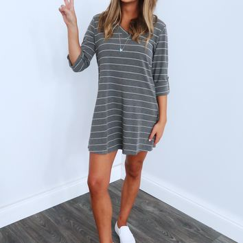 Remain A Classic Dress: Grey/White