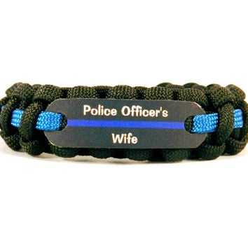 Police Officers Wife Thin Blue Line 550 Paracord Bracelet