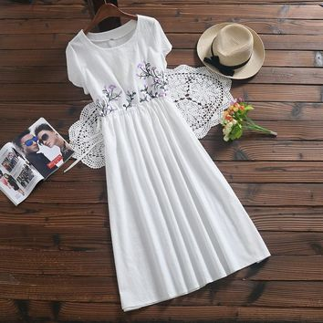 2018 New Fashion Mori Style Summer Dress Temperament Cotton Linen O-neck Short Sleeve Loose High Waist Embroidered Dresses