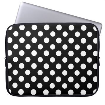 Black and White Polka Dot Pattern Laptop Sleeve