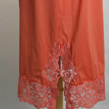 Vintage 1950s Cherry Tomato Red Half Slip Lace Pin-up  S Vanity Fair