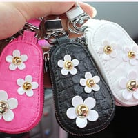 Flower Car Key Holder Handmade Car Key Cover Bag- Car Key Accessories for Girl Black Pink and White