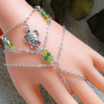 Slave Bracelet, Turtle , Hand Chain, Infinity Ring, Bracelet Ring, Finger Bracelet, Hand Harness, Hand Jewelry,  Silver, Green