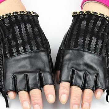 2017 women genuine leather Fingerless gloves half finger fashion new style side of the skin of the high-grade imports gloves