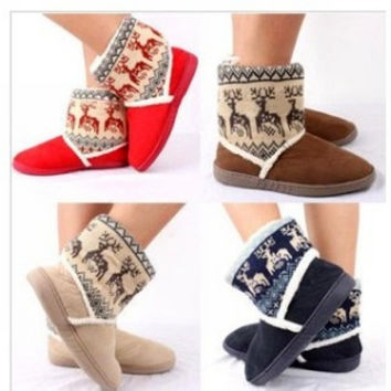 2015 Winter Warm Indoor Christmas chinelos Women's At Home Floral Slippers Warm Plush Home Slipper chinelos femininos Botas