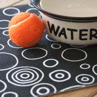 Pet-Mat - Black with White Circles: Small Size