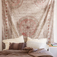 Adaline Medallion Gauze Tapestry | Urban Outfitters