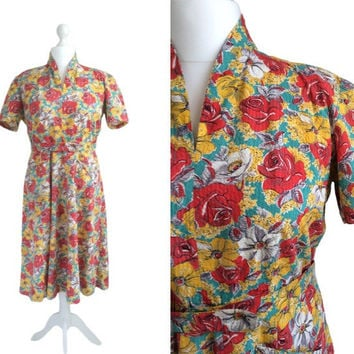 1940's Vintage Dress - Forties' Seersucker Dress - Buttercup Yellow And Red Roses Dress - 40's Tea Dress - Large - Floral Print Dress