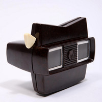 Vintage Wood Effect 3D View Master - Urban Outfitters