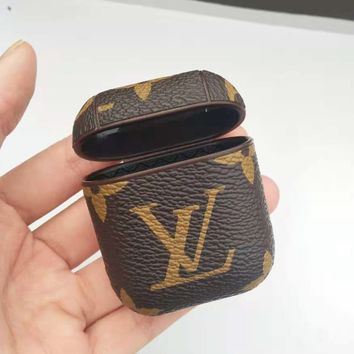 Louis Vuitton LV Fashion New Monogram Print Women Men Protective Case Earphone Case No Headphones