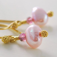Freshwater Pearl Earrings Pale Pink with by livjewellery on Etsy