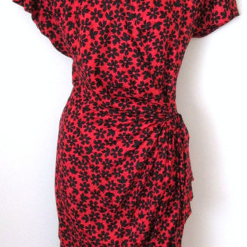 Silk Dress Size 8 Pat Argenti Collection Cap Sleeve Red Black Floral Print Wrap