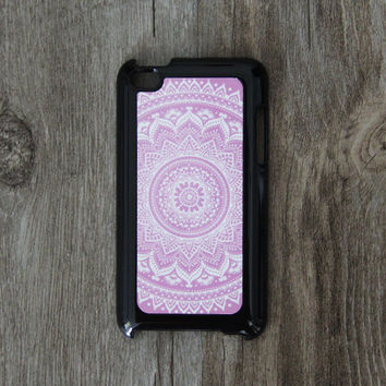 Vintage Purple White Floral iPod Touch 5 case and iPod Touch 4 Case,iTouch 5/4 Rubber Case