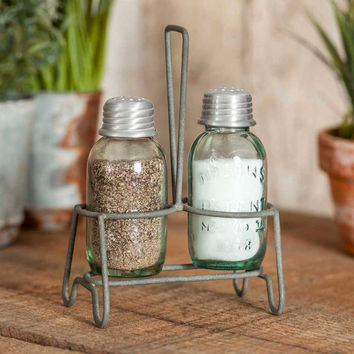 CTW Home Collection - Henderson Salt and Pepper Caddy with Shakers