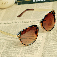 Cat Eye OverSized Round Sunglasses A001