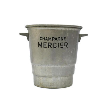 French Champagne Bucket. Art Deco Champagne Bucket. Vintage Champagne Cooler. Aluminum Wine Cooler. French Wine Cooler . Vintage Ice Bucket.