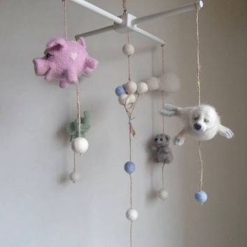 Felted baby mobile animal mobile. Needle felt animals, Baby shower gift for new mom. Baby nursery decor. Gender neutral room ideas