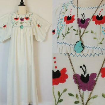 Vintage Floral Mexican Embroidered Dress with Angel by BoWinston