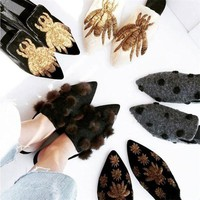 New Arrival Top Quality Velvet Slippers For Women Pointed Toe Fringed Tassel Real Fur Flat Shoes Woman Embroidery Mules