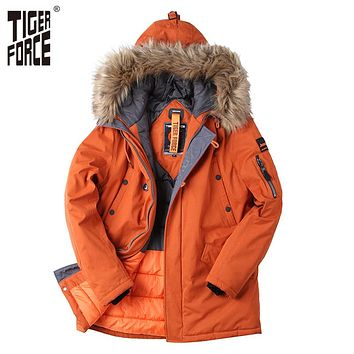 Padded Parka Men Polyester Coat Winter Jacket Men Fashion Thick Parkas Artificial Fur Collar