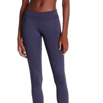 Vimmia Curve Cropped Legging in Night XS