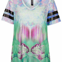 BLURRED ORCHID V NECK TEE
