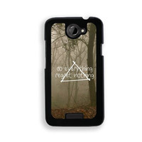 Hipster Quote - Do Everything Regret Nothing Misty Woods - Protective Designer BLACK Case - Fits HTC One X / One X+