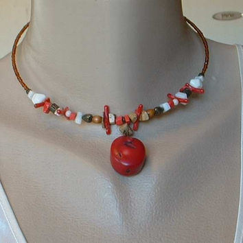 EXPRESS Red Coral Hoop Necklace Jasper Hearts Beaded Collar Vintage Jewelry