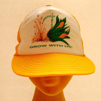 70s Vintage Snapback hat / AMERICAN Farmers Custom Trucker Hat / Yellow Orange White Baseball Cap / Farmer Hat Hipster 1970s Mesh Hat