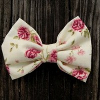 Cream Rose Bow