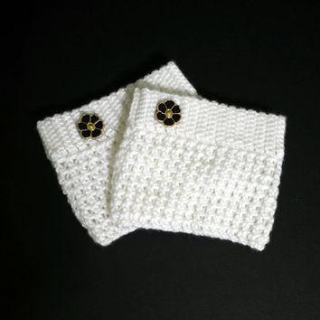 Snow white crochet boot cuffs, decorated with beautiful black button, great winter accessory.