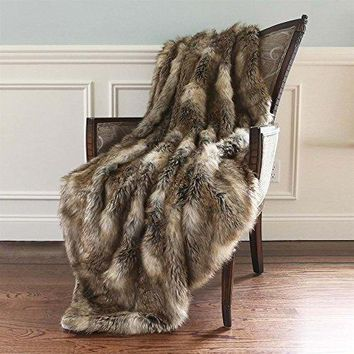 Ben and Jonah Amber Fox Faux Fur Throw Blanket (60 inch  x 58 inch )