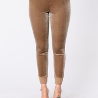 Get Up And Ready Pants - Gold Brown